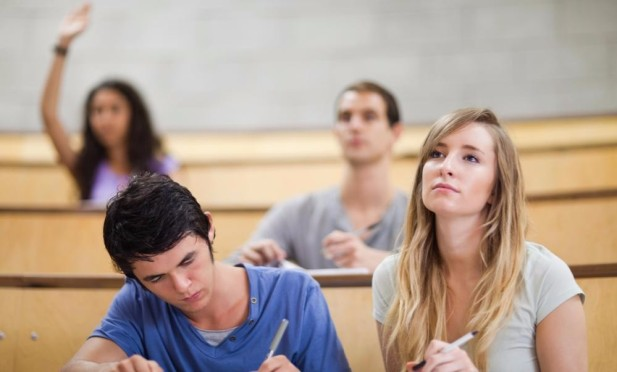students-paying-attention-in-class-some-people-find-it-hard-to-luwbwm-clipart