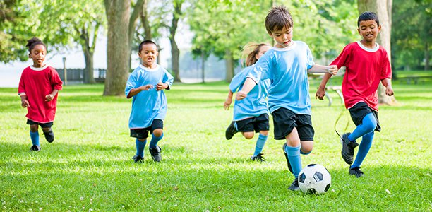 co-ed-kids-playing-soccer